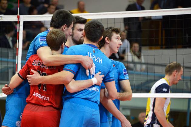 Волейболисты кемеровского Кузбасса вышли из отпуска.